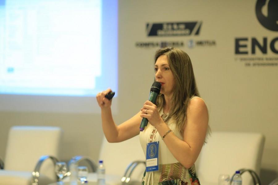 [noticia: crea-go-mostra-seu-padrao-de-atendimento-durante-o-1-engap-em-brasilia] Facilitadora Regional do Crea Paraná – Maringá, Viviane Hannebauer - FOTO_3_CONFEA.jpg