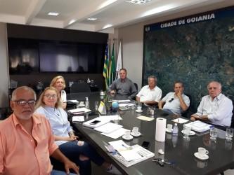 [noticia: gt-discute-sobre-planejamento-municipal-e-plano-diretor-de-goiania] T se reuniu na sede do Crea-GO, com a participação do Arq. Urb. Luiz Fernando Cruvinel Teixeira - Reunião GT Plano Diretor.jpeg