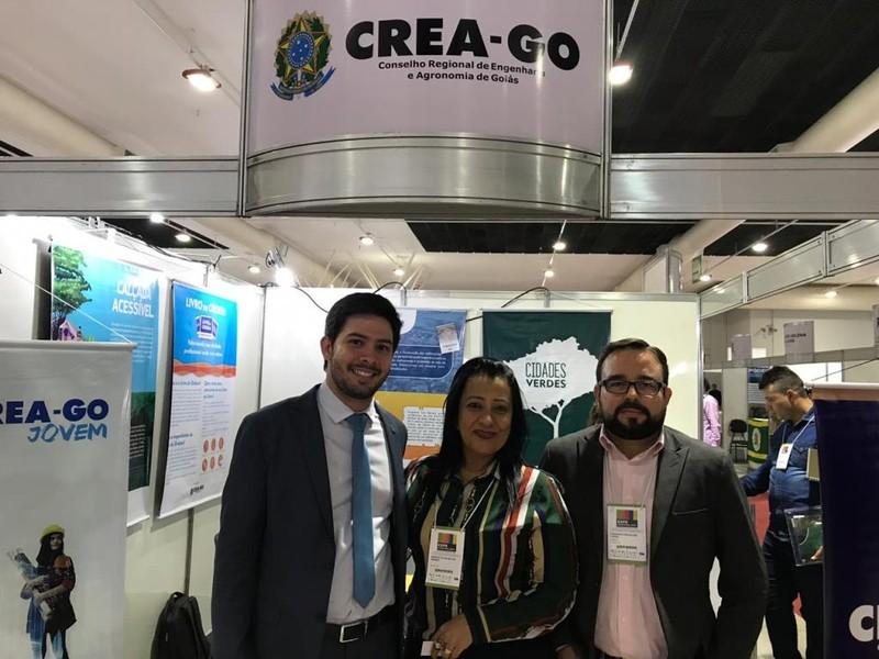 [noticia: crea-go-participa-da-expo-municipios-2019] Prefeito de Rialma, Frederico Vidigal também visita estande na Expo Municípios - 02.jpeg
