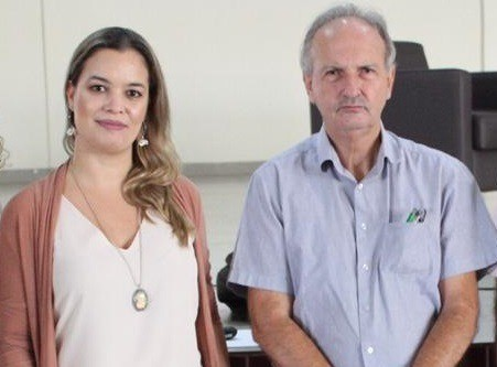 [noticia: coordenador-de-educacao-do-crea-ministra-palestra-no-if-goiano] Eng. Agr. Martha Nascimento Castro e Eng. Agr. Ariston Alves Afonso se reúnem no auditório Multifuncional do Instituto Federal Goiano, em Ceres - PALESTRA_ARISTON.jpeg
