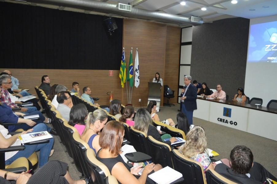 [noticia: francisco-almeida-mobiliza-colaboradores-para-a-77-soea] Eng. Francisco Almeida manifesta o desejo de realizar uma Soea sustentável - COLABORADORES_SOEA_1.JPG